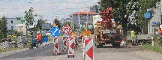 Práce v Brněnské ulici skončí v prvním říjnovém týdnu