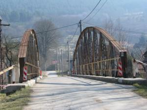 Most přes řeku Svratku mezi Boračí a Podolím