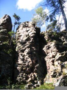 certuv-kamen-3