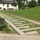 Park Farská Humna Žďár nad Sázavou - vyšlapaný chodník