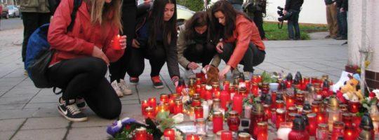 Uctění památky studenta, Obchodní škola Žďár nad Sázavou