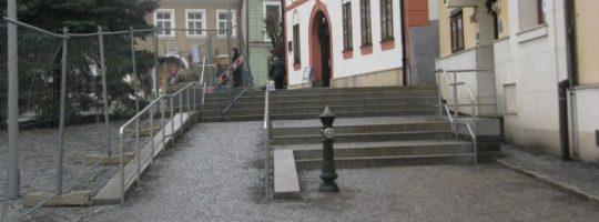 Schody na náměstí