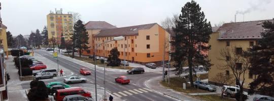 Křižovatka Brodská a Revoluční ulice Žďár nad Sázavou