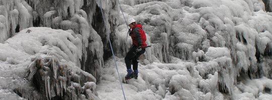 Ledová stěna ve Víře