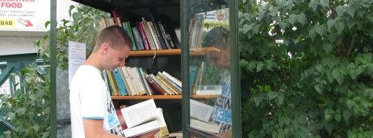 Knihobudka v Bystřici nad Pernštejnem