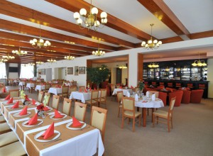 005-hotel-manes-svratka-zdarske-vrchy-vysocina-09-restaurace