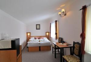 012-hotel-manes-svratka-zdarske-vrchy-vysocina-22-pokoj-3patro