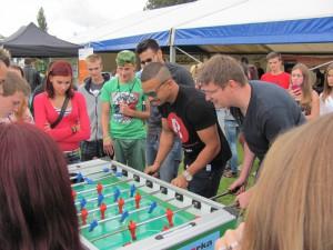 Ben Cristovao si s fanoušky zahrál stolní fotbal