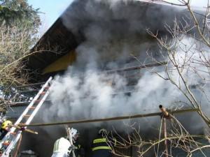 hasici-vysocina-pozar-rd-skrdlovice