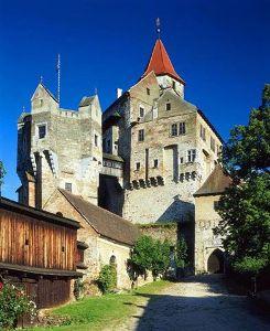 hrad-pernstejn
