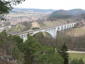 Most v Loučkách, Loučky