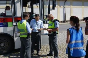 policie-ridim-piju-nealko-1