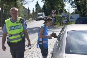 policie-ridim-piju-nealko-3