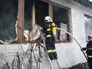 pozar-zdas-grata-zdar-nad-sazavou-hasici